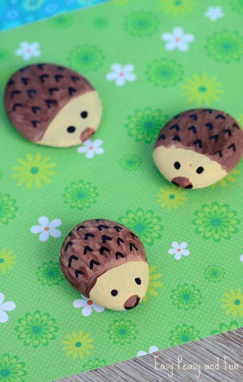 Summer Activities To Do With The Grandkids - Hedgehog Pet Rocks