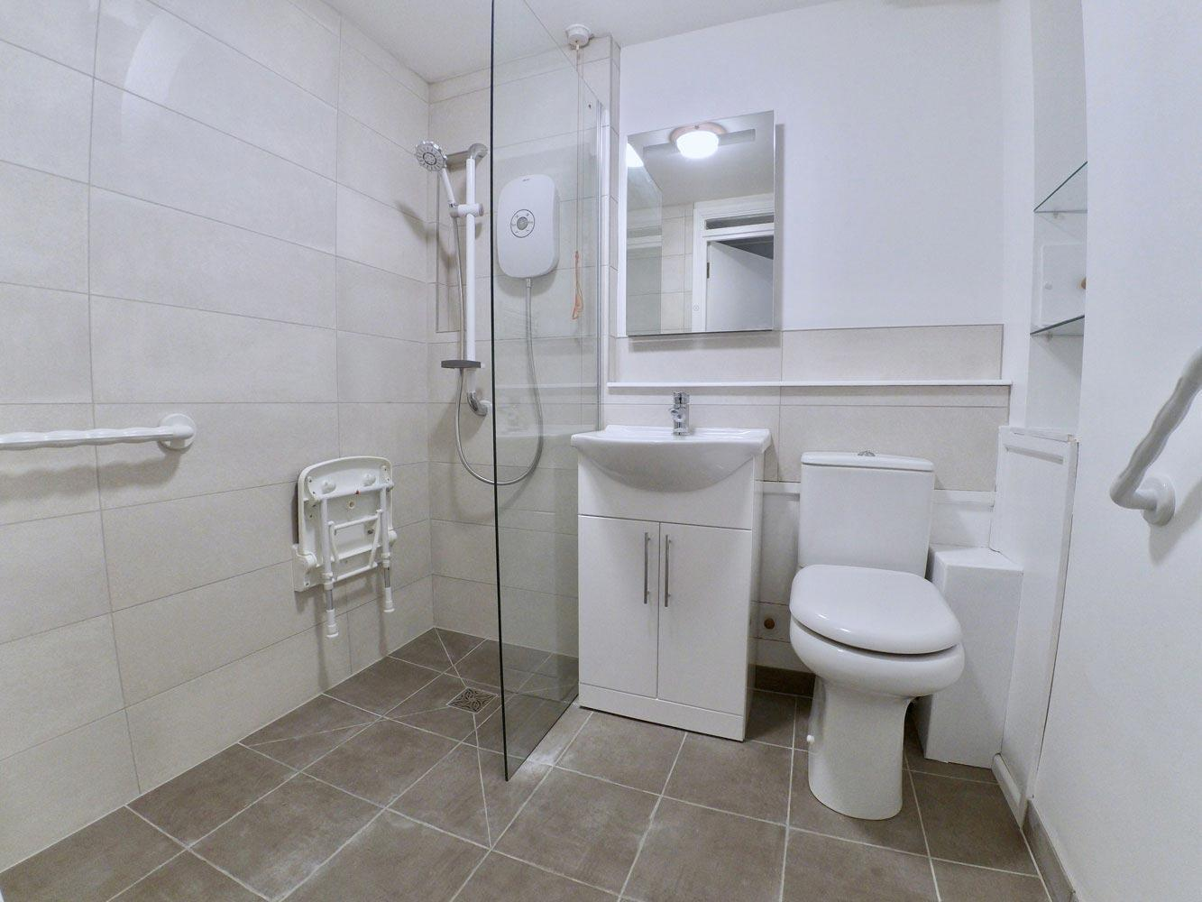 visually-impaired-bathroom-modifications-for-seniors